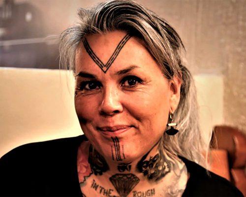 Billede for Inuit tatoveringer og kvinderoller v/ Maya Sialuk, tatovør